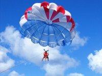 volare in parapendio