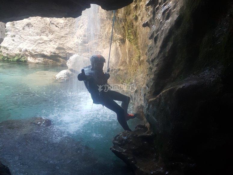 Destrepe en barranco Río Verde