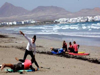 Curso de surf 5 días, 7 noches en Famara