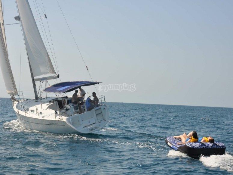 床垫和帆船