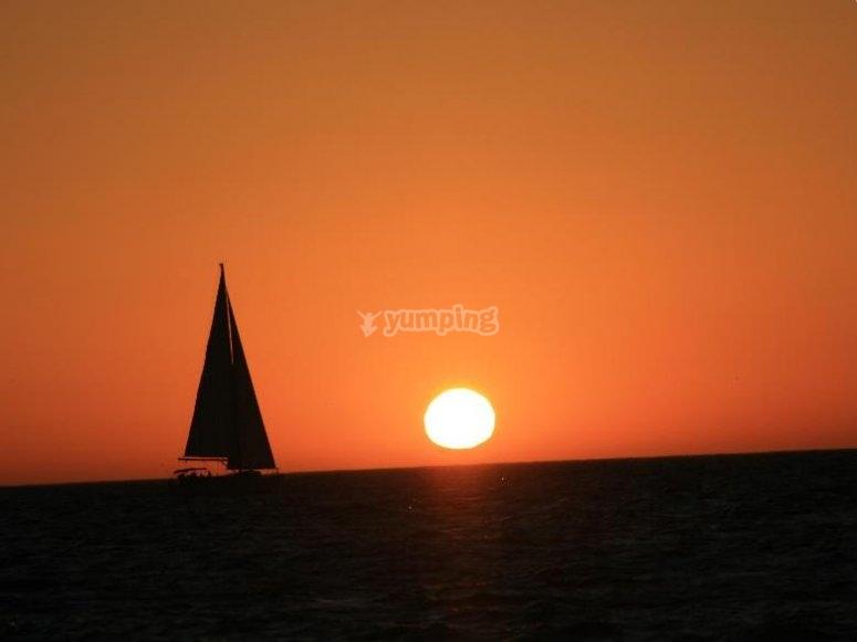 disfrutando de la puesta de sol