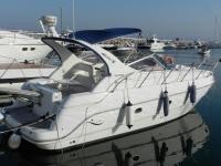 船出租在PuertoBanús,Marbella 4小时