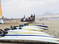 Bautizo de surf en Caleta de Famara