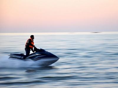 Alquiler de moto acuática en Peñíscola 45 min