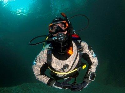 Dry suit diver course
