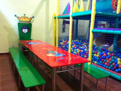 30-minute ball pool in Madrid
