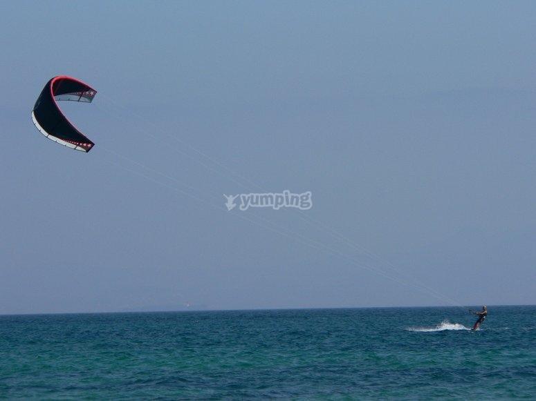 在风筝水中练习