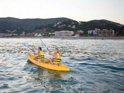 OFERTA GRUPOS: Ruta en kayak 2 h en Castelldefels