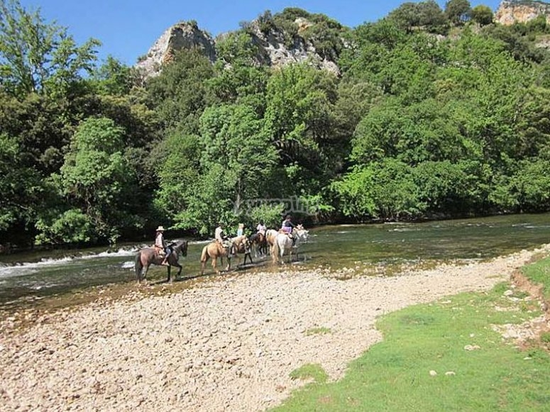 Conoce a caballo Santander