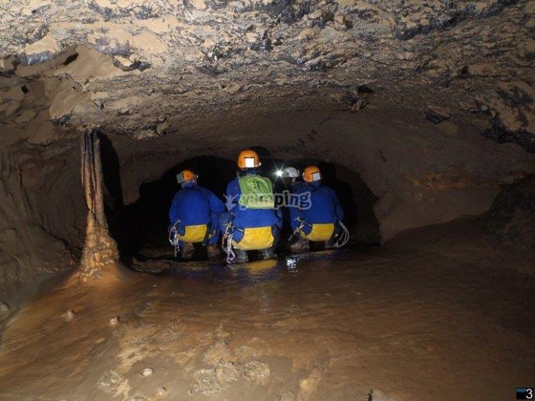 descubriendo al cueva