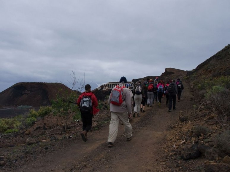 haciendo la ruta a pie en el parque natural aneto maladeta possets