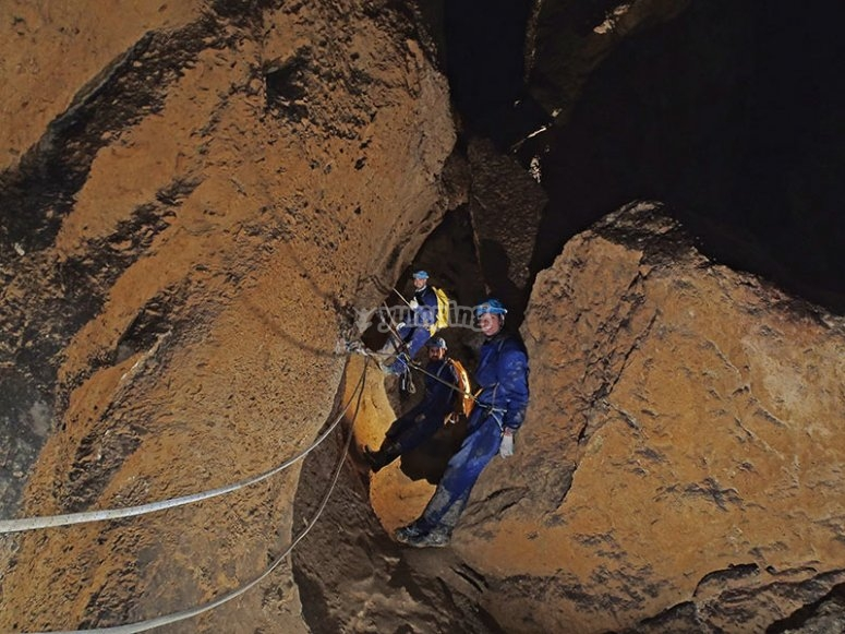 Cueva Fresca's handrails