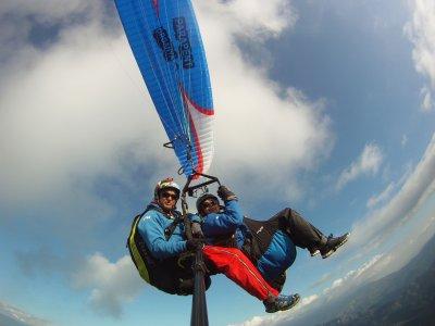 Tandem paragliding in Organyà, Catalonia