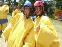 黄色幽默与5个事件活动Tres Cantos
