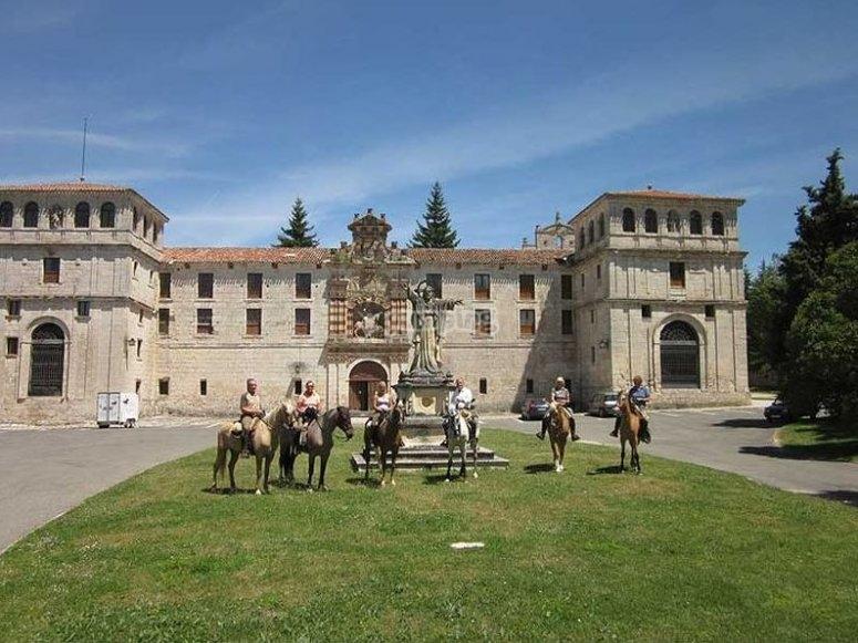 Visitas a caballo a lugares históricos