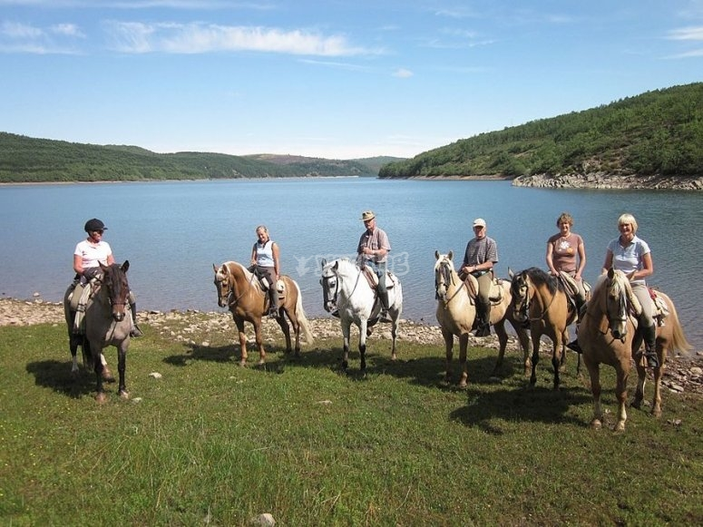 Excursión a caballo en Sierra de la Demanda