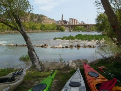 Kayak meandro di gruppi scolastici Flix