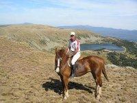 欣赏骑马的风景