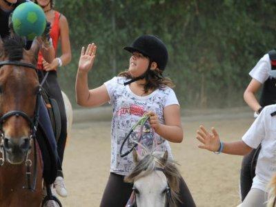 Fattoria di equitazione e scuole di orto biologico