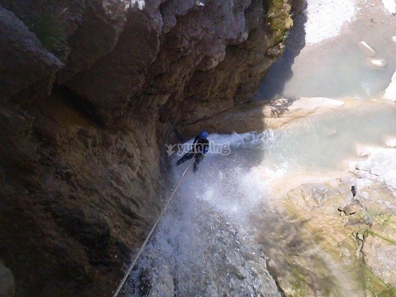 Descendiendo un barranco