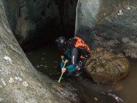 峡谷探险登山运动溪降血统登山运动登山运动溪降