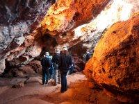 Adentrandonos en la cueva de Montesinos