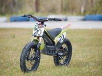 moto9 moto10