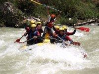 Emocion haciendo rafting