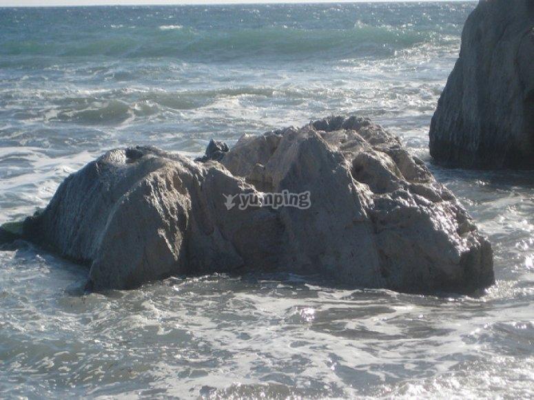 Enmedio Cove