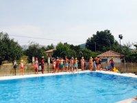 En la piscina de Moreda