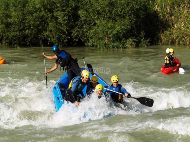 Piragua en rio