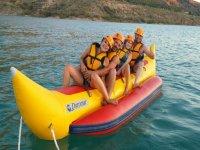 Banana boat y tiro con arco Negratín para colegios
