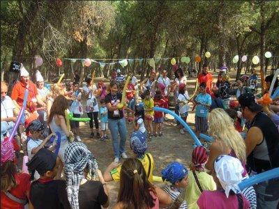 Orientación gymkana y piragua en Negratín colegios