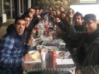 Comida con los amigos