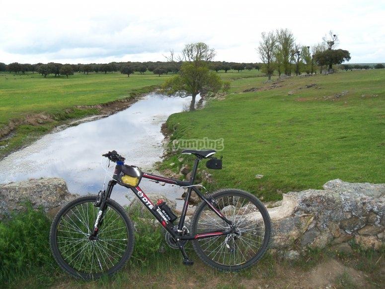 Con la bici en Penaserracin
