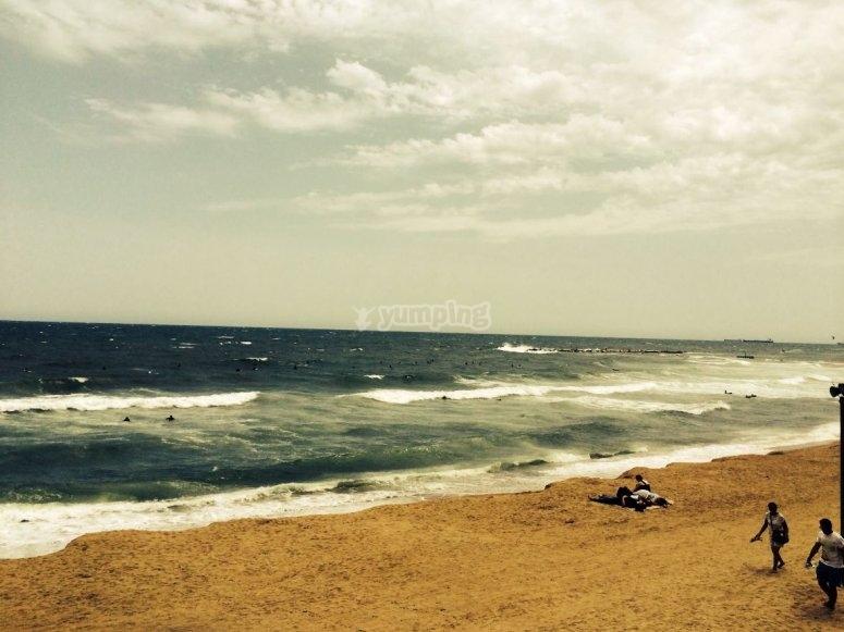 巴塞罗那海浪