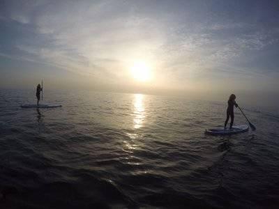 Sessioni di paddle surf personalizzate Barceloneta