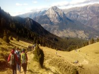 该地区徒步旅行从巴加(Baga)