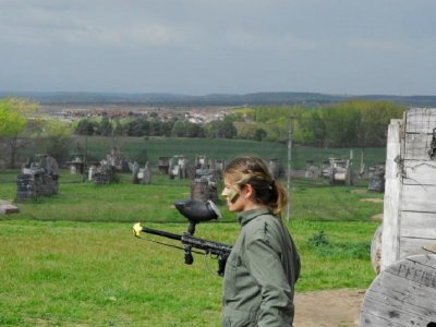 Paintball infantil con 200 bolas y comida, Madrid