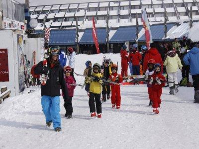 周特别白色滑雪学校Piau Engaly