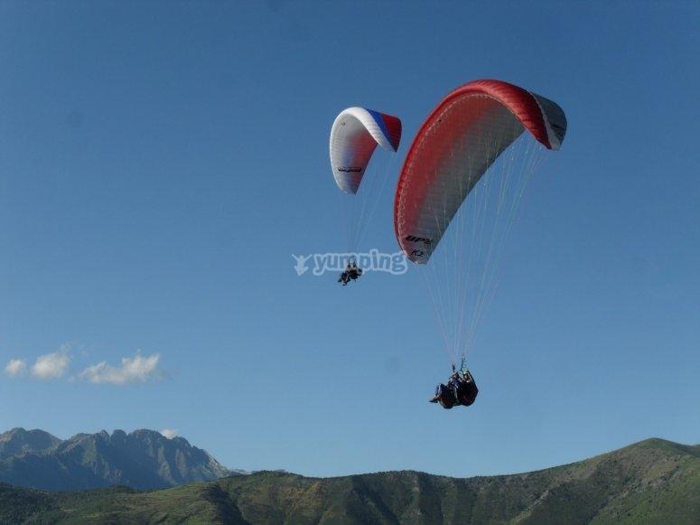 Volar en pareja con parapente Castejón de Sos