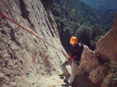 Canyon secco della Roca del Corb a Oliana