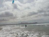 Kitesurfing a Lanzarote