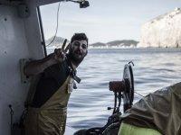 Contento en el barco