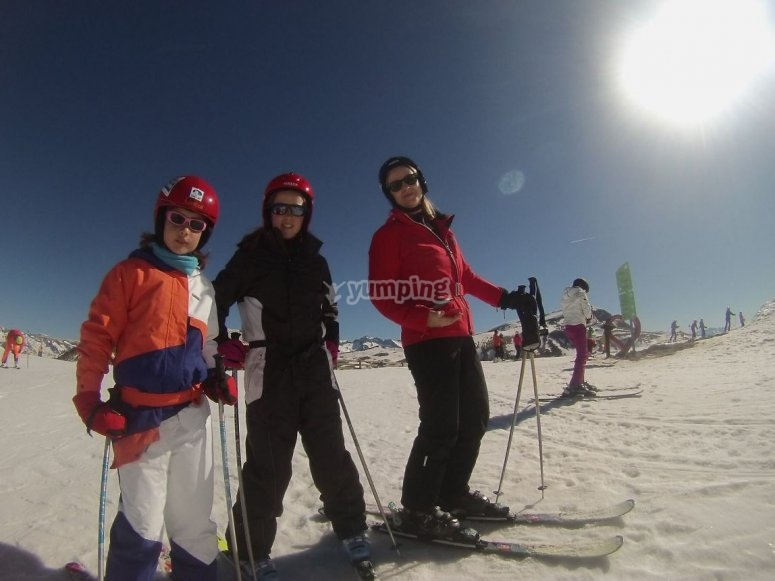 Esquiadoras en Cerler