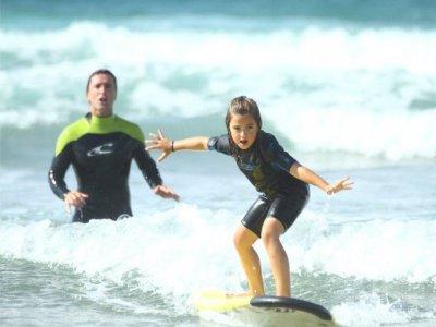 Curso básico de surf en Zarautz 2 horas
