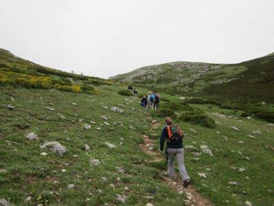 Oitomil, ocio e aventura Senderismo