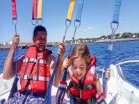 Paraseling en Mallorca para familias