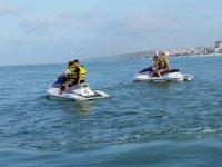 Saliendo con dos motos nauticas