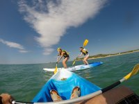 a bordo de un kayak